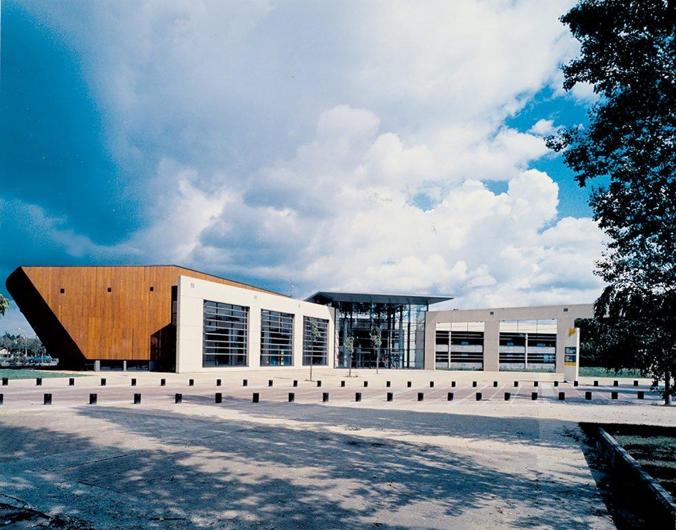 ARVAL architecture - Université de Technologie – Compiègne - 1 Arval UTC Compiègne