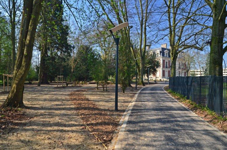 ARVAL architecture - Parc du château – ZAC de Louvres - 11 Arval ZAC de Louvres