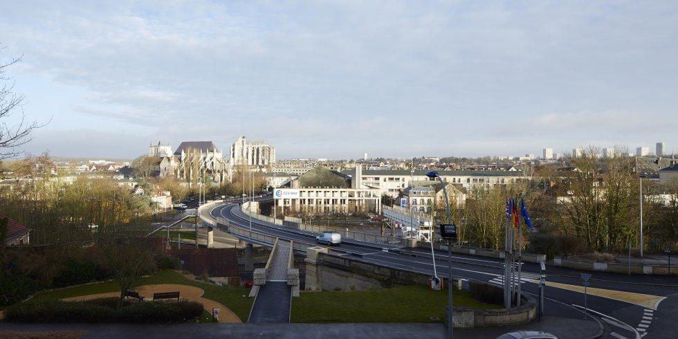 ARVAL architecture - Pont Paris – Beauvais - 1 arval pont de paris beauvais 16